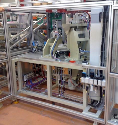station assemblage machine spéciale