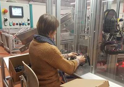 production industrielle semi-automatique lean manufacturing